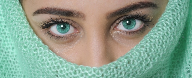 Dry or Sensitive Eyes: You Don't Have to Suffer for Beauty